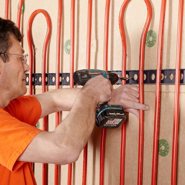 ...wall surfaces can be covered quickly and easily.